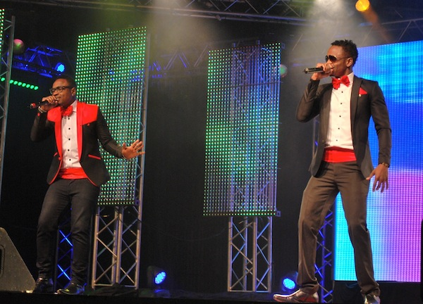 Diamond, Ommy Dimpoz and Chokoraa on stage