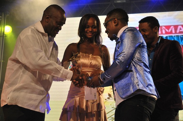 Best Collaboration Song - Nai Nai by Ommy Dimpoz featuring Ali Kiba