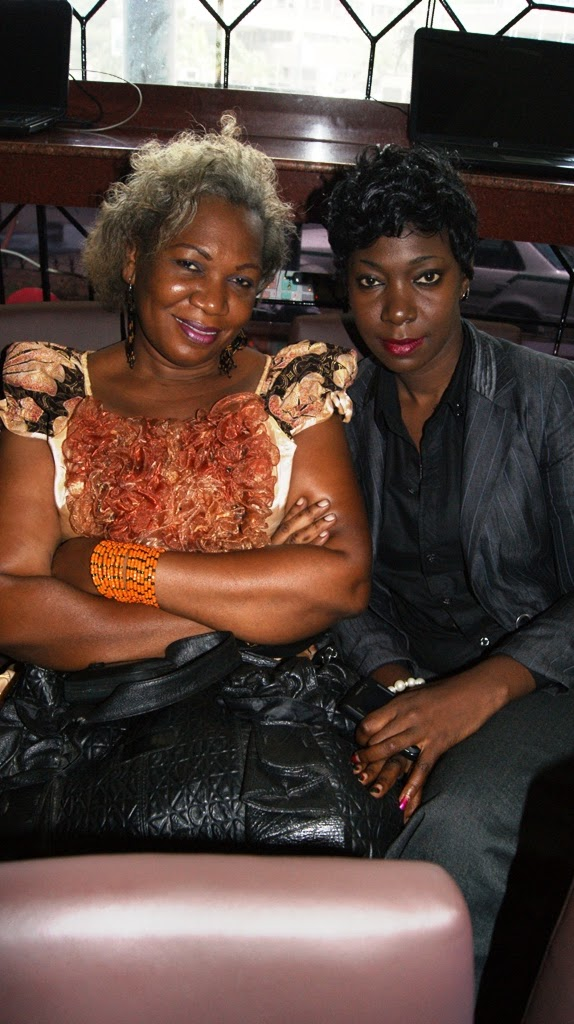 Monalisa Na Mama yake ambao nao ni watangazaji wa kipindi cha Filominata kinachorushwa siku za jumapili