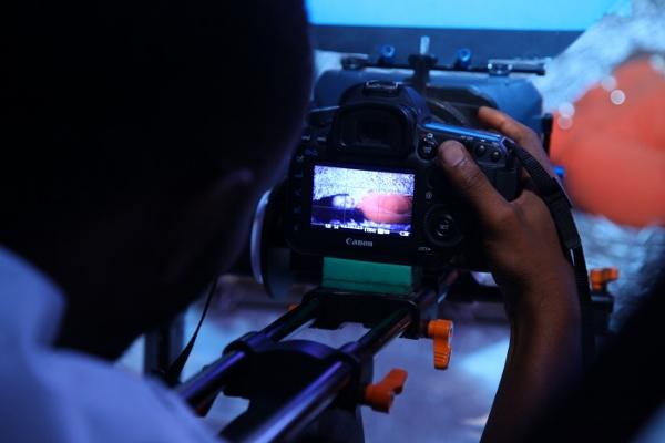 Camera ya Kalaghe ikiwa kazini