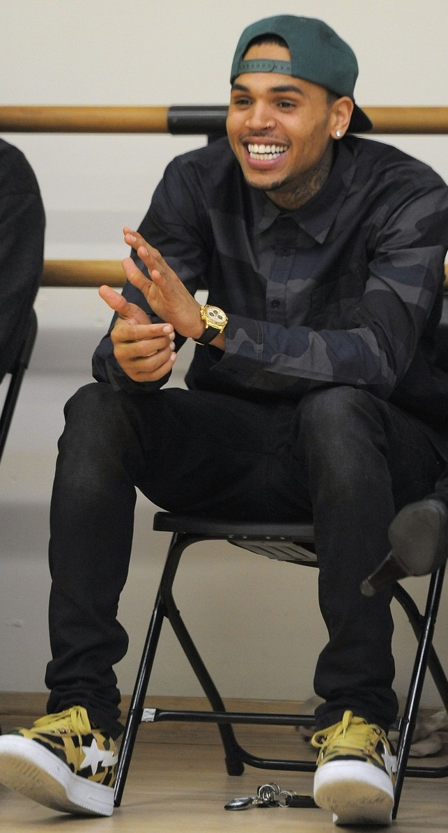 Chris Brown Button Down Shirt - Chris Brown Clothes Looks ... |Chris Brown Fashion Style 2013