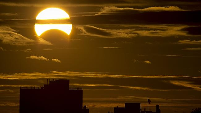TOPSHOTS-US-SCIENCE-ECLIPSE