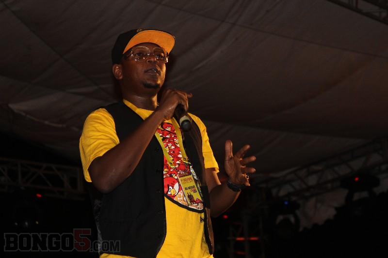 MC wa shughuli, Dulla akisherehesha