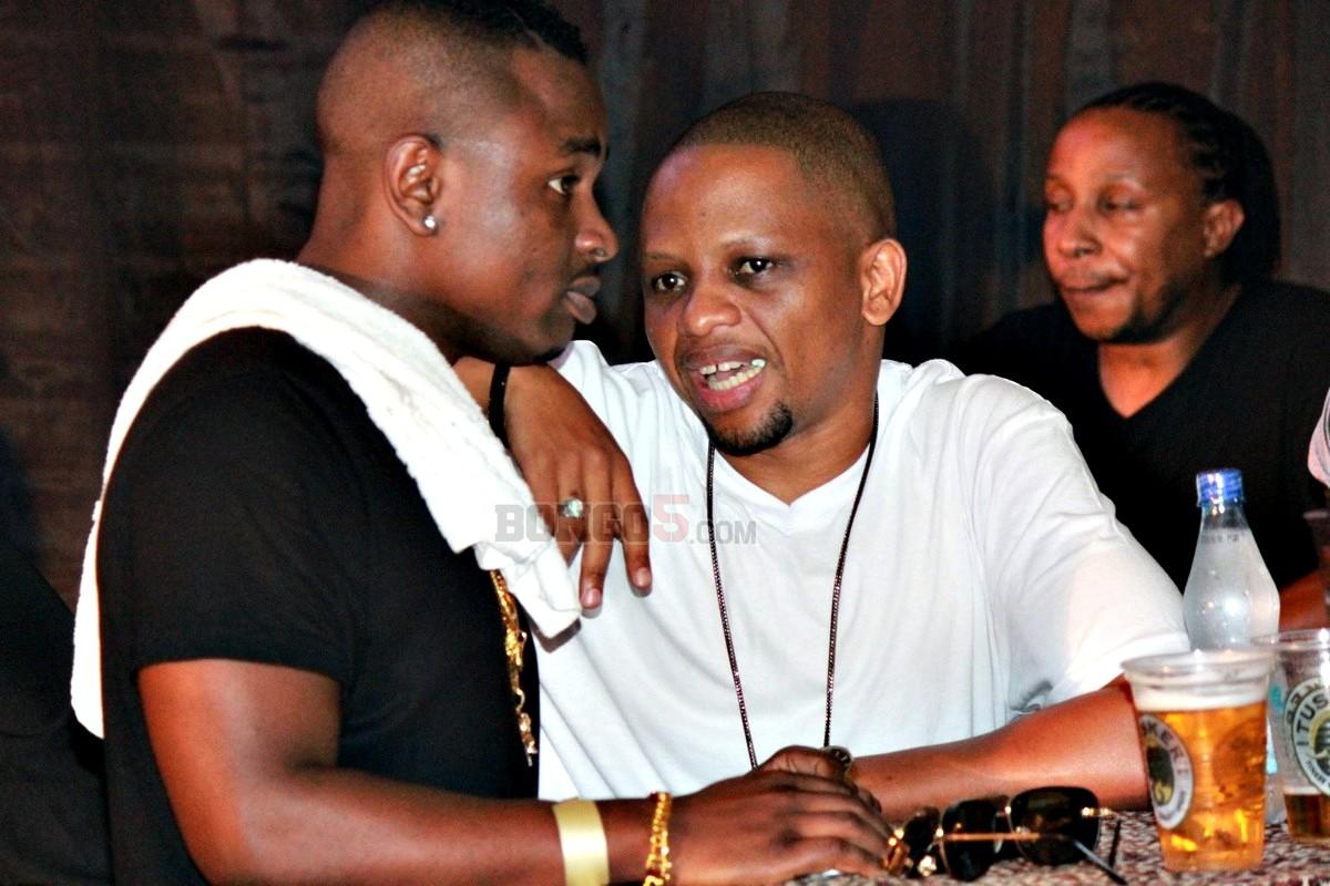 Mwana FA akiwa na Ommy Dimpoz