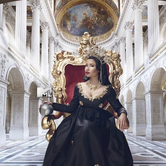 Nicki Minaj kuhost tuzo za 2014 MTV EMA ambazo Diamond wa TZ anawania